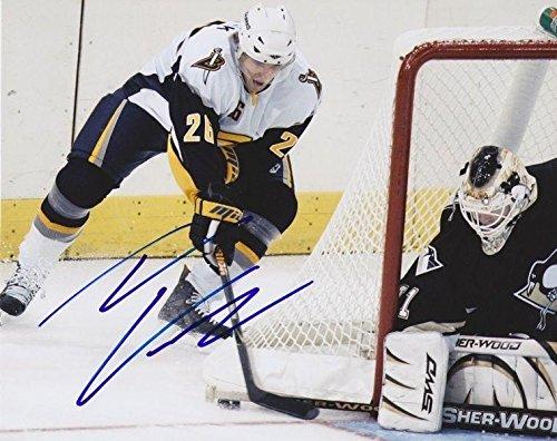 TOMAS VANEK Signed BUFFALO SABRES 8X10 PHOTO #2 - Autographed NHL Photos (Sabres Signed Nhl Buffalo Photo)