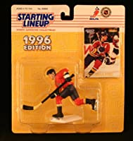 SCOTT MELLANBY / FLORIDA PANTHERS 1996 NHL Starting Lineup Action Figure & Exclusive Collector Skybox Trading Card