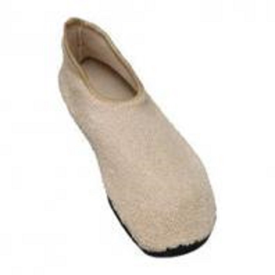 Pair by Posey Non Skid Slippers Beige Size 10 And Up