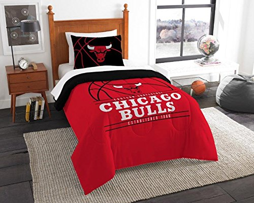 Chicago Bulls - 2 Piece TWIN Size Printed Comforter Set - Entire Set Includes: 1 Twin Comforter (64