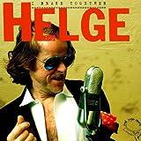 """Käsebrot von Helge Schneider Die Single """"Käsebrot"""" markiert die Rückkehr des Musikers Helge Schneider zur EMI, wo er bereits in den Neunzigern mit dem Album """"Es gibt Reis"""" (1993) und dem Klassiker """"Katzeklo"""" seine bislang größten musikalischen Erfolge feierte. Im Januar folgt dann das Studioalbum """"I Brake Together"""", gleichzeitig Motto für Helges im Dezember startende, sehr umfang¬reiche Tournee. Doch auch als Schauspieler und Schriftsteller wird der Allrounder aus Mülheim a. d. Ruhr, der in diesem Jahr mit dem Ruhrpreis für Kunst und Wissenschaft ausgezeichnet wurde, in den nächsten Wochen für Schlagzeilen sorgen. Am 11. Januar läuft die Dani-Levy-Kinokomödie """"Mein Führer"""" an, in dem Helge die Rolle des Adolf Hitler verkörpert. Bereits am 23. November erscheint Helge Schneiders neues Buch """"Die Memoiren des Rodriguez Faszanatas"""". Viele gute Gründe, demnächst in diversen TV-Shows sein """"Käsebrot"""" zu präsentieren. Eine lustige Swingnummer aus dem täglichen Leben, die wie geschmiert laufen wird. Dufte! Welcome back, Helge!"""
