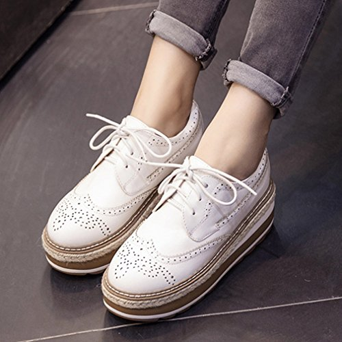 Btrada Fashion Platform Sneaker Carving Lace Up Dikke Bodem Platte Ronde Neus Casual Schoenen Voor Vrouwen Wit