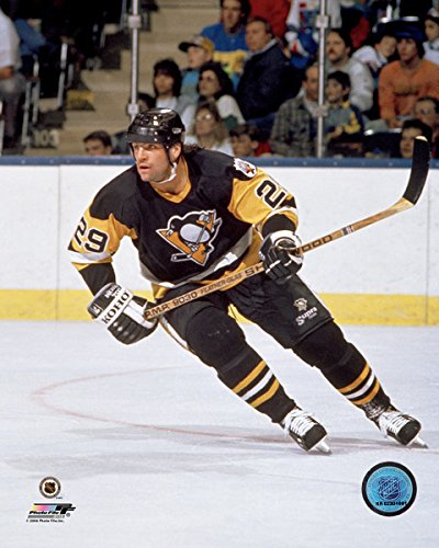 Phil Bourque Pittsburgh Penguins NHL Action Photo (Size: 8