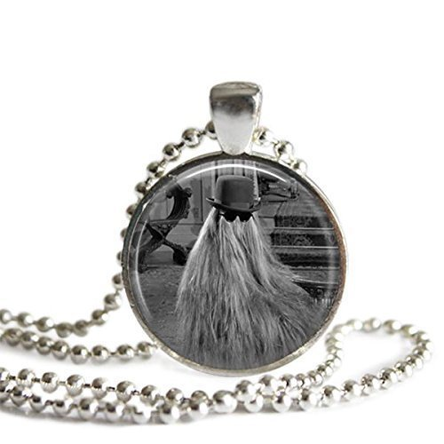 amazon com cousin itt addams family 1 inch silver plated picture