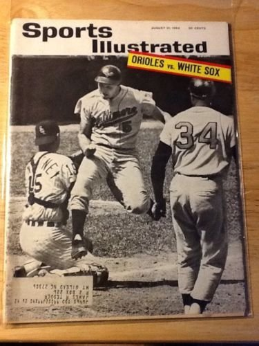 Brooks Robinson 1964 Sports Illustrated B&W Cover August 31, 1964 from Unknown