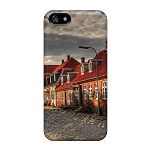 Iphone 5/5s Case Cover Red Brick Houses On A Cobblestone Street Hdr Case - Eco-friendly Packaging by icecream design