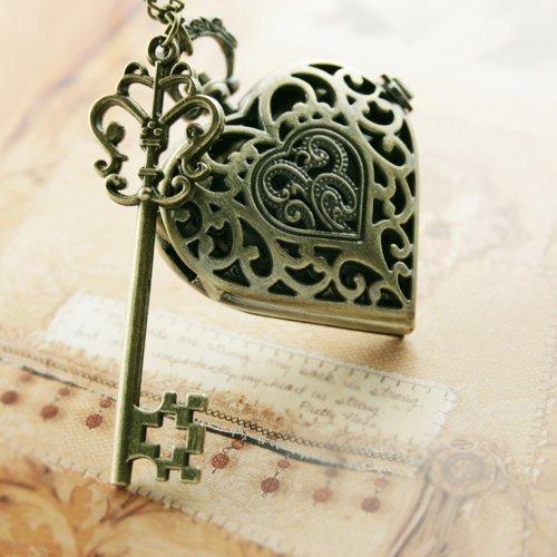 (Valentine Vintage Retro Style Victoriana Bronze Pocket Watch Necklace Charm Heart with Vintage Key SET)
