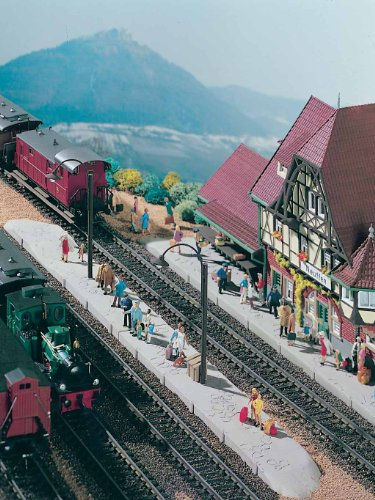 HO Scale Station Platform Neuffen -- 17-1/8 x 1-3/8 x 3-1/8