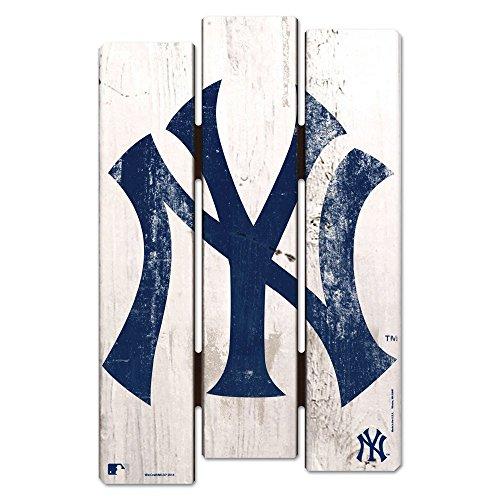 WinCraft MLB New York Yankees Wood Fence Sign, Black