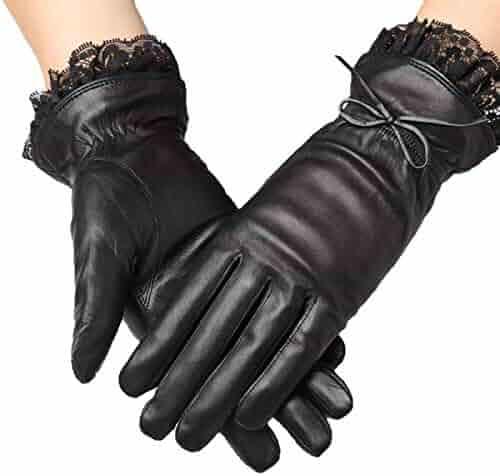 Poe velvet gloves
