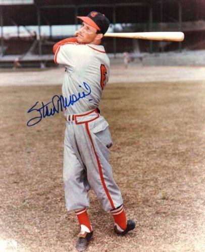 - Autographed Stan Musial 8X10 St.Louis Cardinals Photo