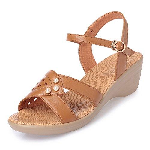 GTVERNH-Im Mittleren Alter Mutter Schuhe Schuhe Schuhe Sandalen Frau Sommer Steigung Ferse Skid Resistance Nahen Heels Flache Schuhe. Apricot color 525e29