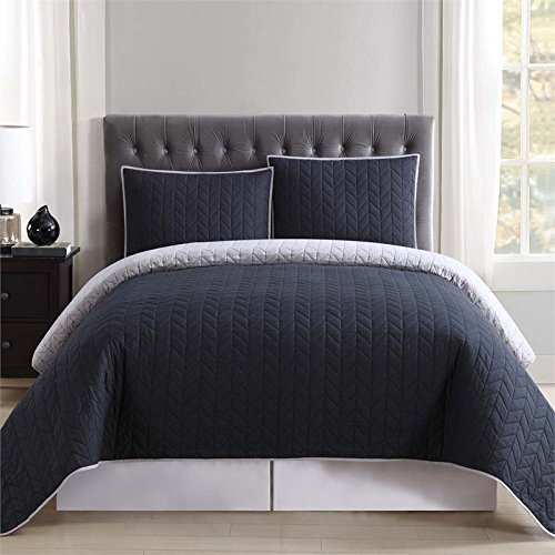 Truly Soft Everyday Reversible Quilt and Sham Mini Set Black and Grey Full/Queen