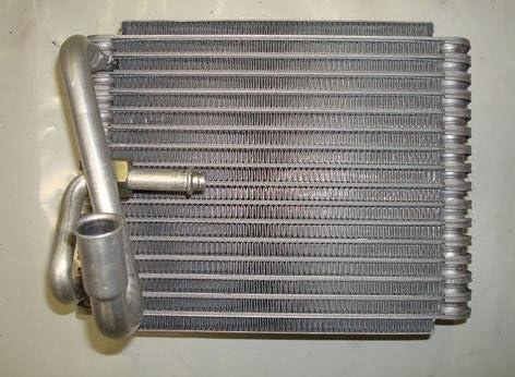 NEW AC EVAPORATOR CORE COMPATIBLE WITH REAR FORD 00-02 E450 ECONOLINE SUPER DUTY YK-145 1054556 15-62195 771110 F4UZ 19860 A EV-0145PFC
