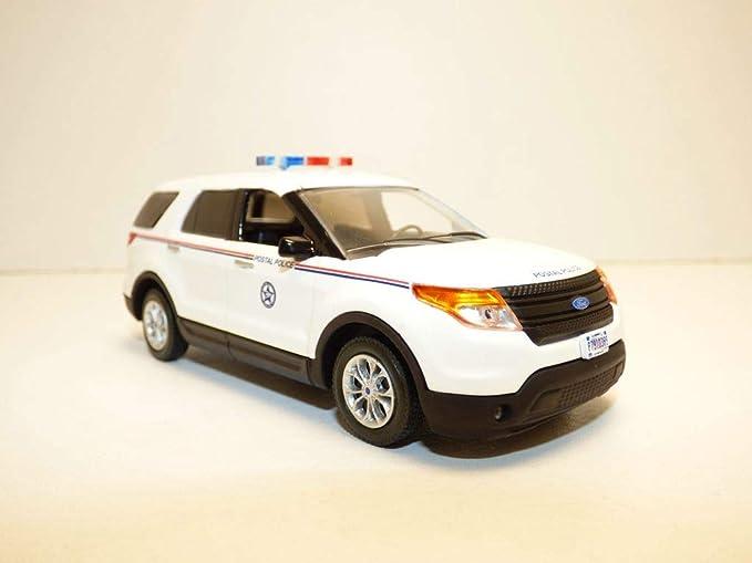 2015 Ford Explorer Police Interceptor SUV Diecast Car 1:43 Motormax 5 inch White