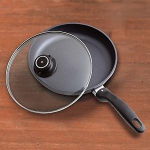 Swiss Diamond Nonstick Covered Fry Pan