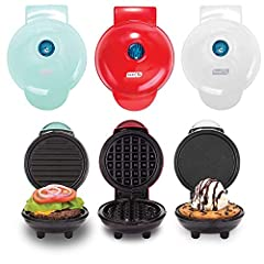 Prepare tasty breakfast and brunch foods quickly and easily with this Mini Maker Griddle, Waffle Maker and Grill Set from Dash. From chocolate waffles to grilled cheese sandwiches, this set includes everything you need for small-size and snack-size p...