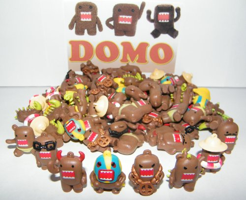 Domo Figure Charms Toy Mega Collection of 100 Featuring 8 Fun Domo Characters Including Devil Domo, Bling Domo and Godzilla Domo by Domo Dun