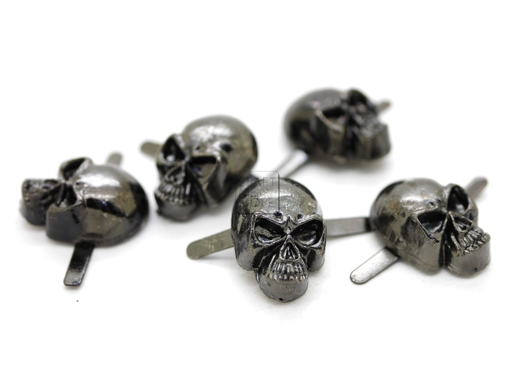 CRAFTMEmore Silver or Gun Black Skull Head Bone Prong Stud Gothic Style Ghost Studs Leather Craft Decorations Pack of 10 (Medium 10 x 15 mm, Silver) HQR42