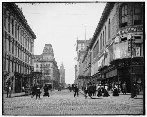 Photo: Madison Avenue,Summit Street,commercial - Toledo Eyeglasses