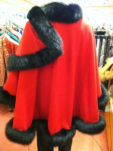 Cashmere Pashmina Group: Cashmere Cape with genuine Fox Fur Trim all around (Lipstick Red/ Black) by Cashmere Pashmina Group (Image #5)