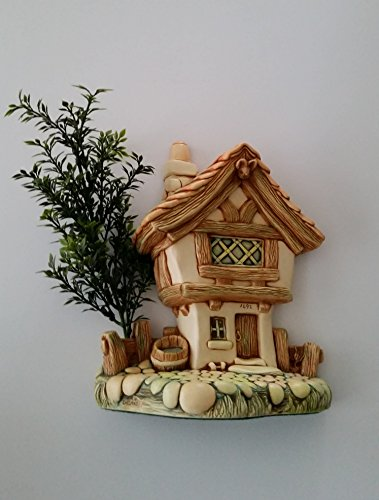 Pendelfin Cobble Cottage Stand Designed by Doreen Noel Roberts