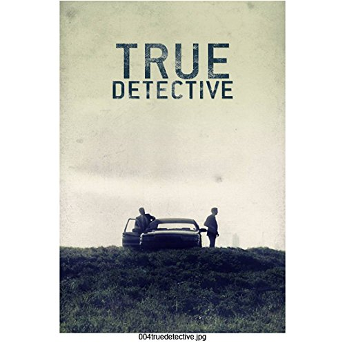 True Detective (TV Series 2014 - ) 8 inch by 10 inch PHOTOGRAPH Men Standing Next to Car on Hill Title Poster kn