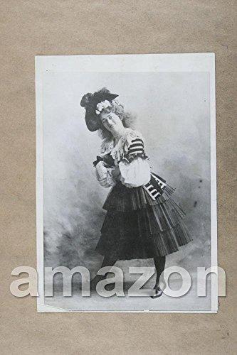 Vintage Photo of EDNA WALLACE HOPPER Portrait in Costume (PB399) (Edna Costume)