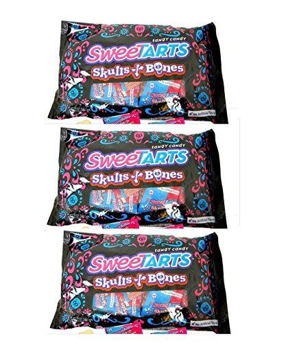 Nestle SweeTARTS Skulls and Bones (24 count/pack) (Pack of -