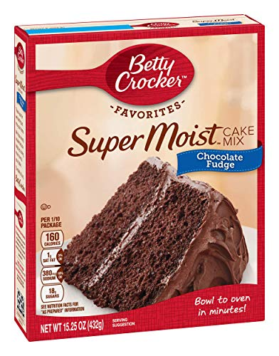 Betty Crocker Chocolate Fudge Cake Mix, 15.25 oz ()