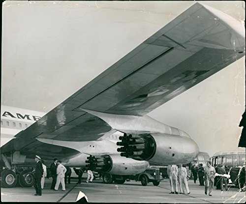Vintage photo of Boeing 707 Jet ()