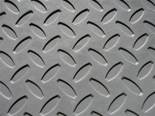 8' x 8' Gym Flooring Kit - Black Virgin Rubber Flooring Tiles with Slip Resistant Diamond Plate Pattern by Ironcompany.com