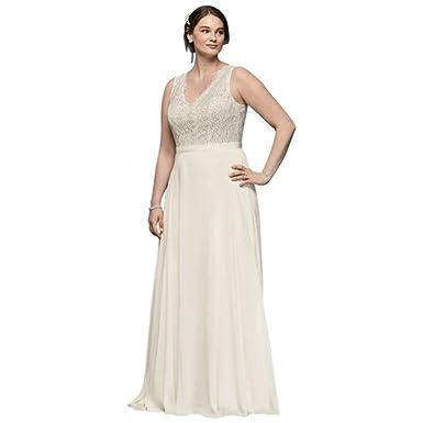 Davids Bridal Scalloped Lace Sheath Plus Size Wedding Dress Style