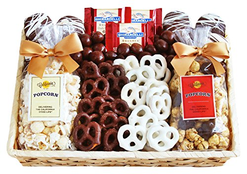 California Delicious Crunch Time Sweet Snacks Gift (Chocolate Basket Set)