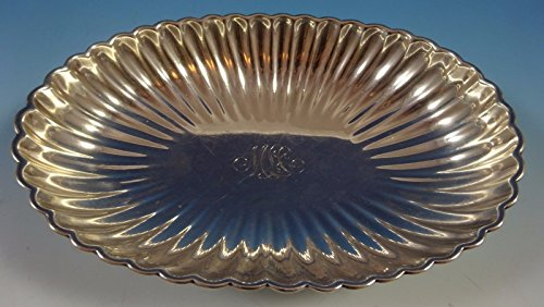 Gorham Sterling Silver Bowl Oval Fluted with Four Ball Feet #A42603 (#1389) ()