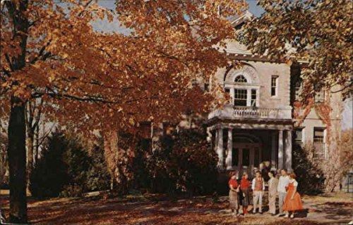 wayland-academy-roundy-hall-beaver-dam-wisconsin-original-vintage-postcard