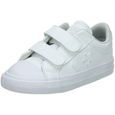 Converse Unisex-Kinder Lifestyle Star Player EV 2v OX Synthetic Fitnessschuhe, Weiß (White/White/White 100), 26 EU