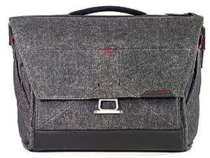 """Peak Design 15"""" Everyday Messenger Bag v1 - Charcoal"""