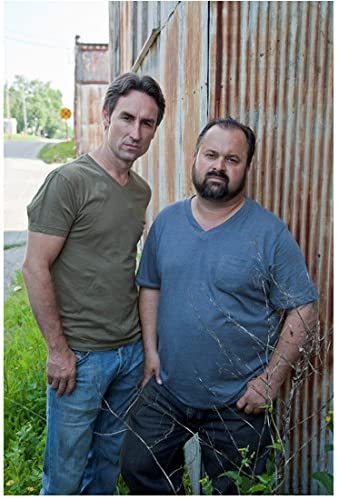 American Pickers Mike Wolfe And Frank Fritz Standing Outside By