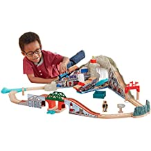 Fisher-Price Thomas the Train Wooden Railway Pirate Cove Discovery Set Train Set