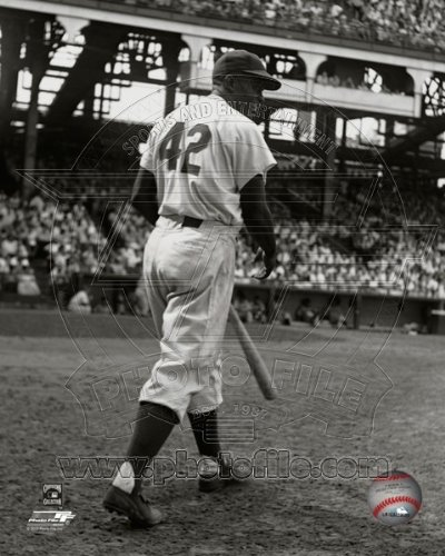 (Jackie Robinson Brooklyn Dodgers 1949 MLB Action Photo #1 8x10)