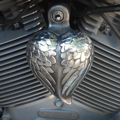 (Harley Angel Wing Heart Horn Cover)