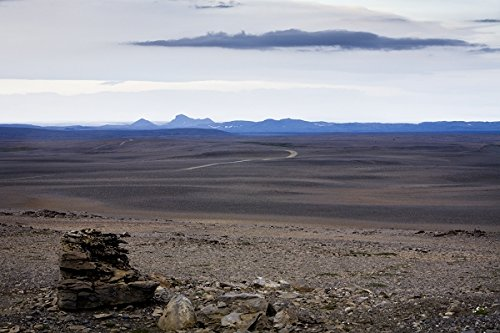 Desert landscape. Sprengisandur highland road, South Iceland. 30x40 photo reprint by PickYourImage