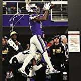 Autographed/Signed Stefon Diggs Minnesota Vikings Miracle Catch 16x20 Football Photo JSA COA