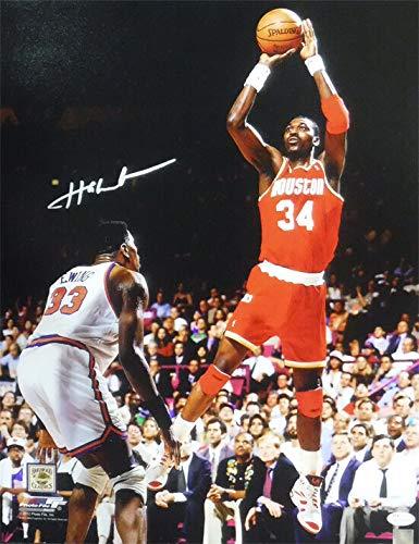 wholesale dealer 79b65 0a808 Hakeem Olajuwon Autographed Houston Rockets 16x20 Photo (vs ...
