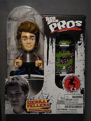 2010 (Toy) Tech Deck Pros Sierra Fellers Figure w/ Skateboard (Foundation)