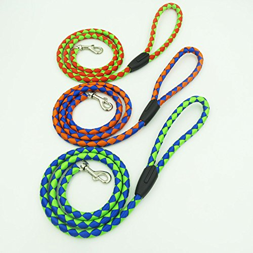 Dog Leash Knitting Grid Two color Knitting for Medium Or Small Dog