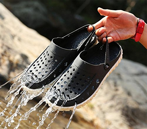 W&XY Summer men sandals hollow beach hole shoes soft bottom anti-slip bathroom half slippers 40 PmTV9L03do