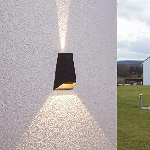 Lampenwelt LED Wandleuchte außen \'Jendrik\' (spritzwassergeschützt) (Modern) in Alu aus Aluminium (2 flammig, A+, inkl. Leuchtmittel) - LED-Außenwandleuchten Wandlampe, Led Außenlampe, Outdoor