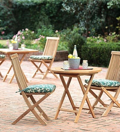 how to clean bird poop off patio furniture